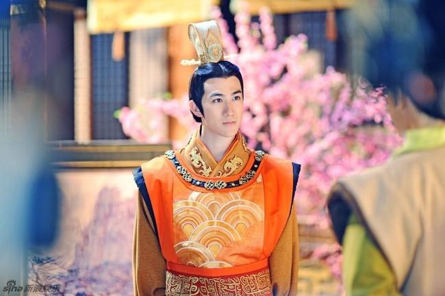 """Vị Hoàng đế """"diễn sâu"""" nhất lịch sử Trung Hoa: Giả ngu suốt 36 năm, vừa lên ngôi đã thể hiện mưu trí hơn người, lập tức xử tử kẻ đối đầu - Ảnh 1."""
