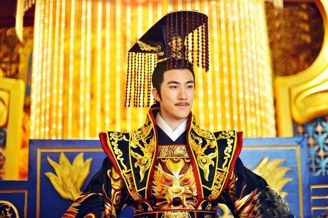 """Vị Hoàng đế """"diễn sâu"""" nhất lịch sử Trung Hoa: Giả ngu suốt 36 năm, vừa lên ngôi đã thể hiện mưu trí hơn người, lập tức xử tử kẻ đối đầu - Ảnh 2."""