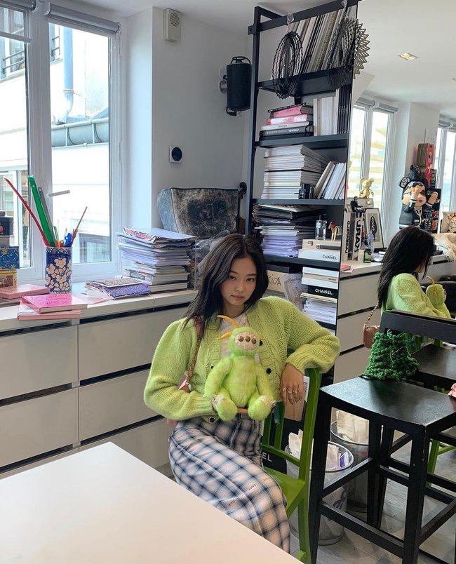 Style đời thường của Jennie và G-Dragon đẳng cấp thế nào mà được netizen khen là couple vừa có tài vừa có gu? - Ảnh 8.