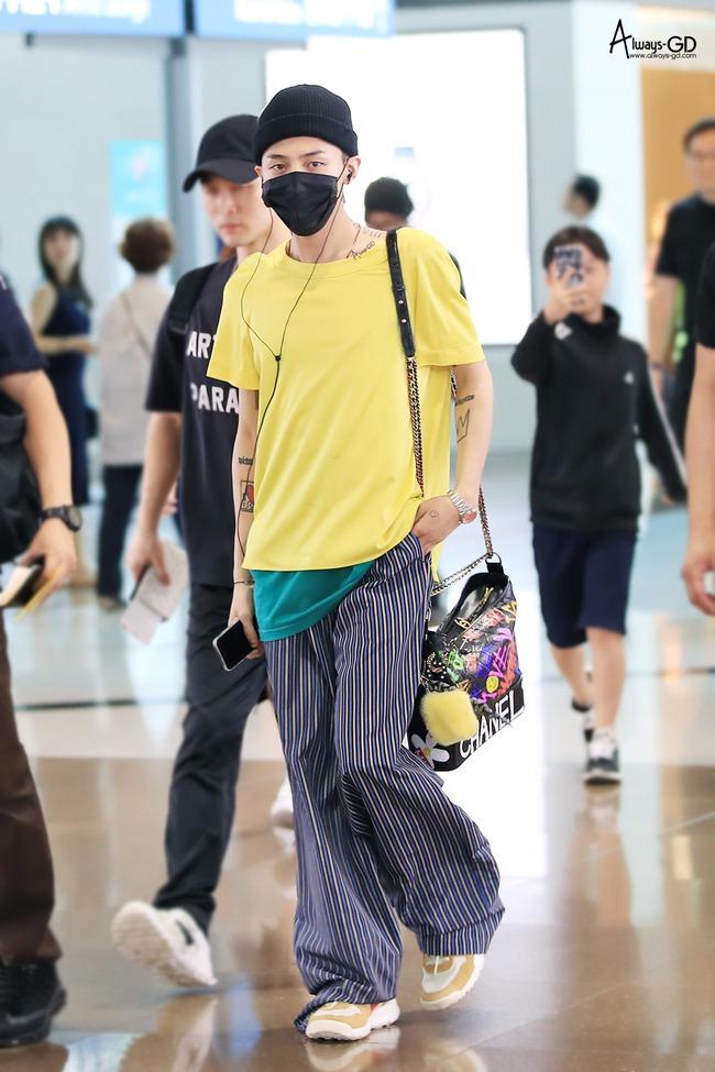 Style đời thường của Jennie và G-Dragon đẳng cấp thế nào mà được netizen khen là couple vừa có tài vừa có gu? - Ảnh 11.