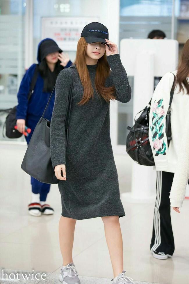 """Riêng khoản diện váy thì Tzuyu hiếm khi mặc đẹp, sương sương cũng có đến 8 lần hơi """"fail"""" - Ảnh 3."""