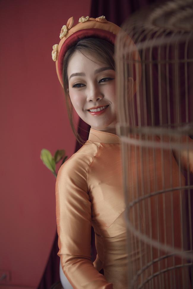 Quán quân Sao Mai Quách Mai Thy khoe dáng thon thả với áo dài - Ảnh 3.