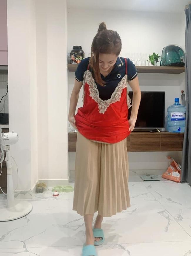 Mua chiếc váy ngủ gợi cảm, cô gái không ngờ shop lại chuyển nhầm size tạp dề khiến hình ảnh sau khi mặc đúng chất tấu hài chuyên nghiệp - Ảnh 5.