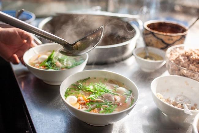 """Đây là 5 kiểu ăn sáng """"cấm kỵ"""" đẩy bản thân lão hóa sớm và ung thư: Điều số 3 người Việt mắc rất nhiều - Ảnh 1."""