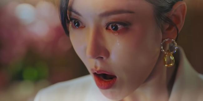 Cuộc chiến thượng lưu tập 5: Bị Seok Kyung công kích, Seo Jin trả đũa lấy cúp nhọn cắm vô đầu đến chết? - Ảnh 3.