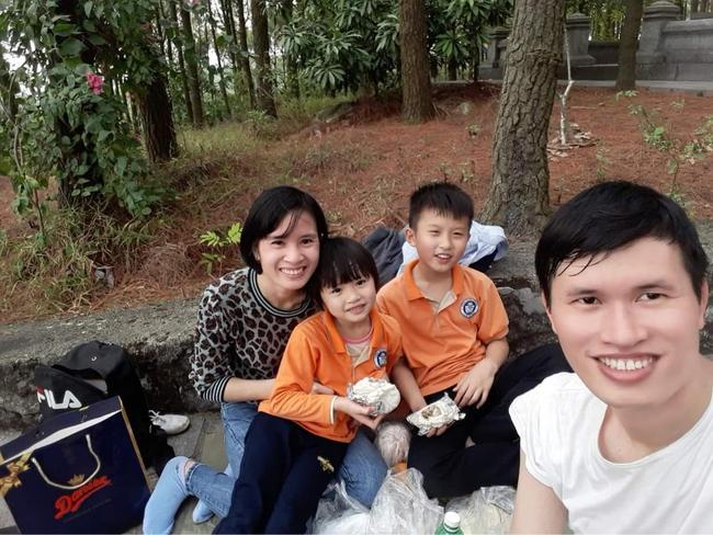 Ngày Thầy thuốc Việt Nam của cặp vợ chồng cùng đi chống dịch - Ảnh 3.