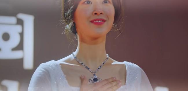 Cuộc chiến thượng lưu tập 5: Bị Seok Kyung công kích, Seo Jin trả đũa lấy cúp nhọn cắm vô đầu đến chết? - Ảnh 5.