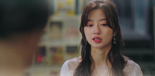 Cuộc chiến thượng lưu tập 5: Bị Seok Kyung công kích, Seo Jin trả đũa lấy cúp nhọn cắm vô đầu đến chết? - Ảnh 9.