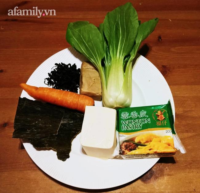 Ăn thoải mái mà không tăng cân: Học Food Blogger nổi tiếng cách làm hoành thánh cực ngon này! - Ảnh 1.