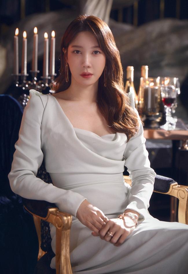 Top mỹ nhân Hàn Quốc sở hữu vẻ đẹp trẻ trung ở tuổi U40: Nhiều lần lộ dấu hiệu lão hóa nhưng Kim Tae Hee vẫn vượt mặt Song Hye Kyo - Ảnh 4.