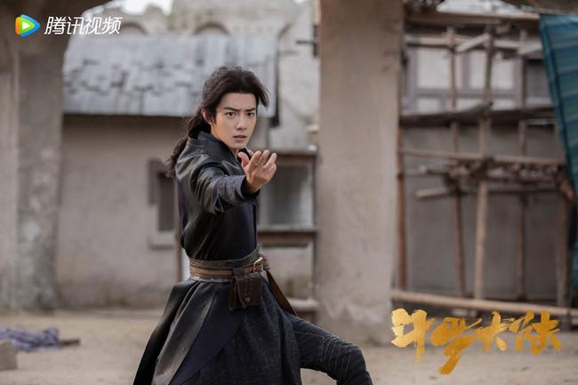 """Bị chê dìm hàng Tiêu Chiến, nâng đỡ Ngô Tuyên Nghi quá đà, """"Đấu la đại lục"""" vẫn vượt mốc 3 tỷ lượt xem - Ảnh 5."""