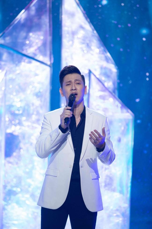 Uyên Linh xấu hổ vì lỡ miệng nhắc tên tình cũ trên sóng truyền hình - Ảnh 5.