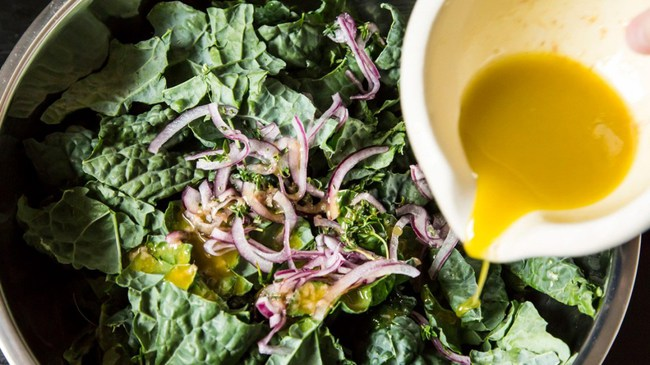"""5 sai lầm khi ăn rau giảm cân làm sức khỏe tụt dốc, thậm chí còn """"phát tướng"""" hơn cả ăn thịt mỡ - Ảnh 2."""