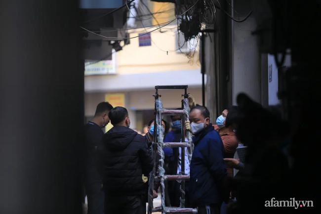 Vụ cháy nhà trọ khiến 4 sinh viên tử vong ở Hà Nội: Người may mắn thoát chết khóa cửa ngoài rồi đi uống trà đá - Ảnh 2.