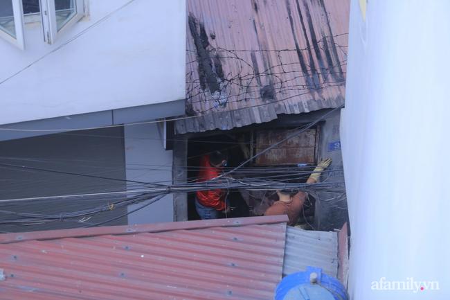 Vụ cháy nhà trọ khiến 4 sinh viên tử vong ở Hà Nội: Người may mắn thoát chết khóa cửa ngoài rồi đi uống trà đá - Ảnh 4.