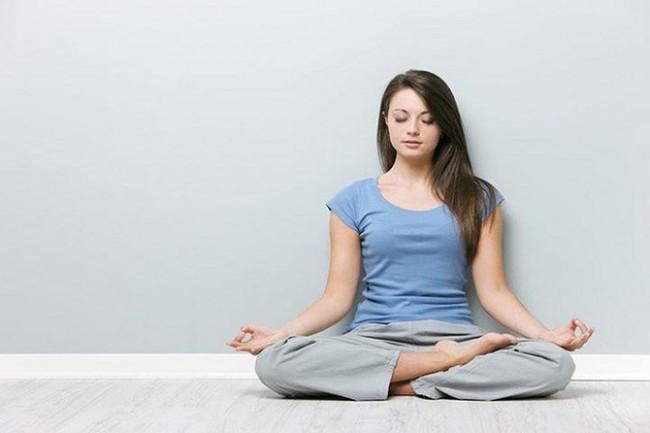 Những thói quen trước khi đi ngủ giúp phụ nữ trẻ lâu, sống thọ - Ảnh 1.