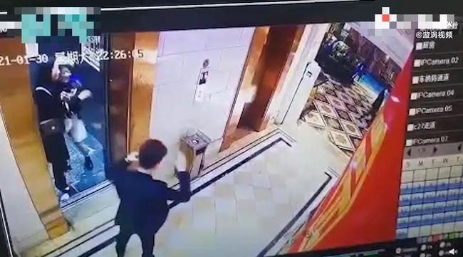 Đang chờ thang máy thì bị cô gái lạ cưỡng hôn rồi biến mất, nam thanh niên vội đăng đàn lên MXH với mục đích gây ngỡ ngàng - Ảnh 3.