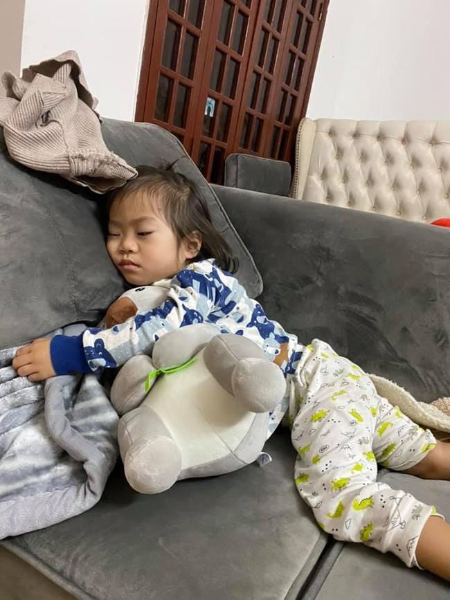 Bố mẹ cập nhật tình hình nghỉ Tết sớm của con: Loạn nhà, đánh nhau chí chóe suốt ngày, ăn ngủ vô tội vạ - Ảnh 15.
