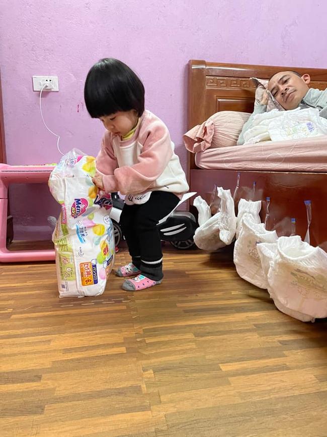 Bố mẹ cập nhật tình hình nghỉ Tết sớm của con: Loạn nhà, đánh nhau chí chóe suốt ngày, ăn ngủ vô tội vạ - Ảnh 10.