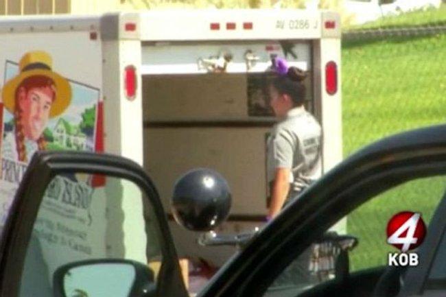 """Liều mạng ăn cắp chiếc ô tô, 3 tên cướp mở thùng xe ra liền """"bỏ của chạy lấy người"""", tới lượt cảnh sát kiểm tra cũng chưng hửng với thứ bên trong - Ảnh 6."""