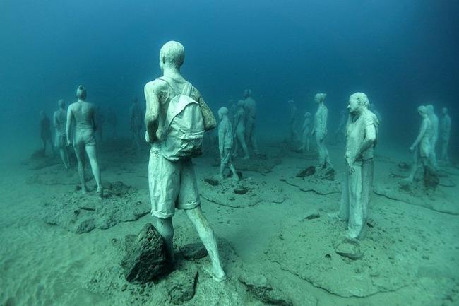 """Có một vùng biển khiến ai cũng phải """"lạnh người"""" khi nhìn thấy cảnh tượng toàn xác chết ở dưới đáy, ghê rợn ngỡ chỉ xuất hiện trong phim kinh dị - Ảnh 11."""