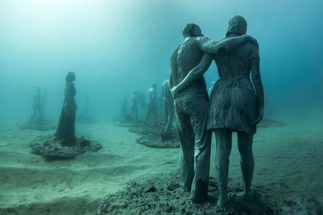 """Có một vùng biển khiến ai cũng phải """"lạnh người"""" khi nhìn thấy cảnh tượng toàn xác chết ở dưới đáy, ghê rợn ngỡ chỉ xuất hiện trong phim kinh dị - Ảnh 12."""