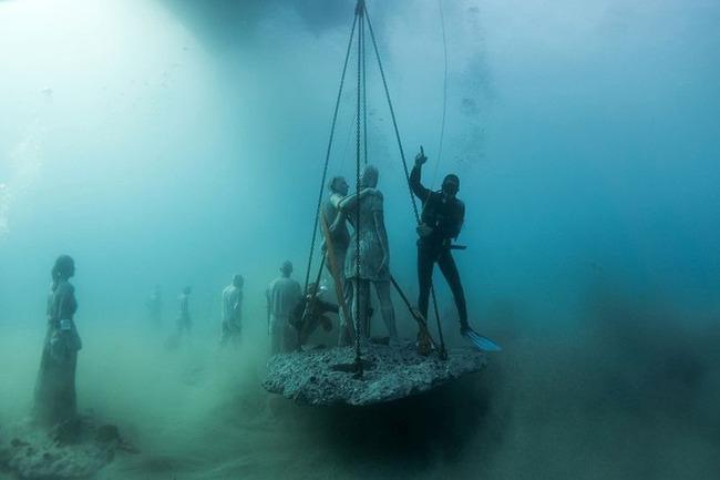 """Có một vùng biển khiến ai cũng phải """"lạnh người"""" khi nhìn thấy cảnh tượng toàn xác chết ở dưới đáy, ghê rợn ngỡ chỉ xuất hiện trong phim kinh dị - Ảnh 13."""