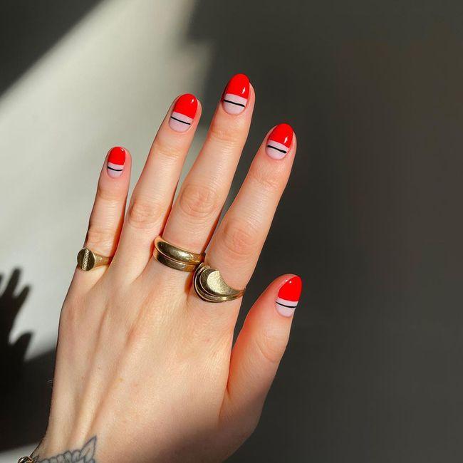 17 bộ nail tông đỏ rất sang chứ không sợ sến, chị em diện Tết thì năm mới lộc tới dạt dào, đỏ cả tình lẫn tiền - Ảnh 5.