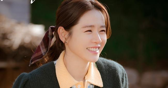 5 bí mật đằng sau vẻ đẹp luôn hoàn hảo, mướt mắt của Son Ye Jin sẽ khiến chị em muốn học ngay để Tết này tỏa sáng - Ảnh 6.