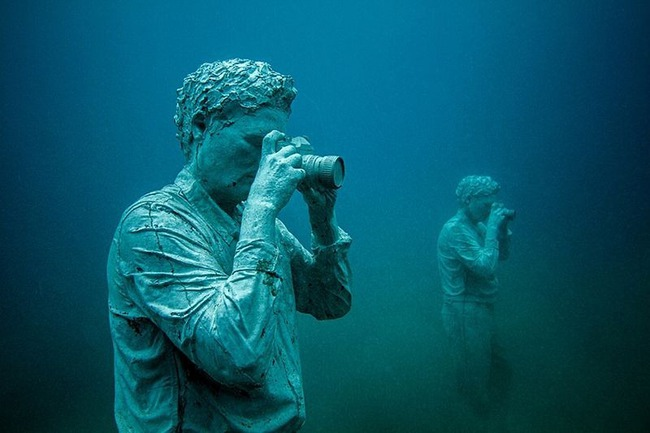 """Có một vùng biển khiến ai cũng phải """"lạnh người"""" khi nhìn thấy cảnh tượng toàn xác chết ở dưới đáy, ghê rợn ngỡ chỉ xuất hiện trong phim kinh dị - Ảnh 4."""