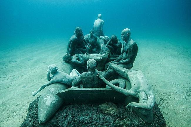 """Có một vùng biển khiến ai cũng phải """"lạnh người"""" khi nhìn thấy cảnh tượng toàn xác chết ở dưới đáy, ghê rợn ngỡ chỉ xuất hiện trong phim kinh dị - Ảnh 6."""