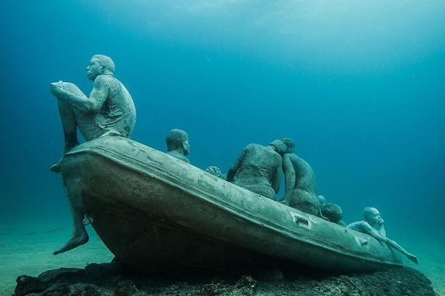 """Có một vùng biển khiến ai cũng phải """"lạnh người"""" khi nhìn thấy cảnh tượng toàn xác chết ở dưới đáy, ghê rợn ngỡ chỉ xuất hiện trong phim kinh dị - Ảnh 8."""