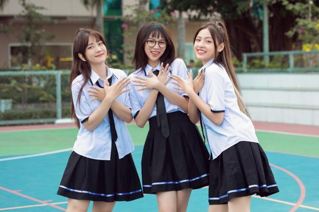"""Phí Phương Anh chính thức tung MV """"Cánh bướm dối gian"""", quảng cáo nhiều mà vẫn hát dở mặt đơ nhảy kém như cũ  - Ảnh 2."""
