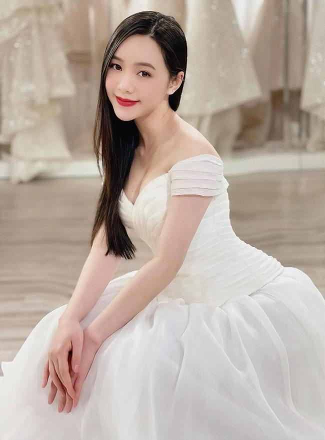 """Quỳnh Kool - Thanh Sơn hóa cô dâu chú rể: Đám cưới trong mơ của """"Đừng bắt em phải quên"""" đây rồi? - Ảnh 3."""
