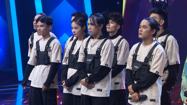 Sau loạt tin đồn chia tay Hồng Thanh, DJ xinh đẹp nhất Rap Việt - Mie lần đầu ngồi ghế nóng - Ảnh 6.
