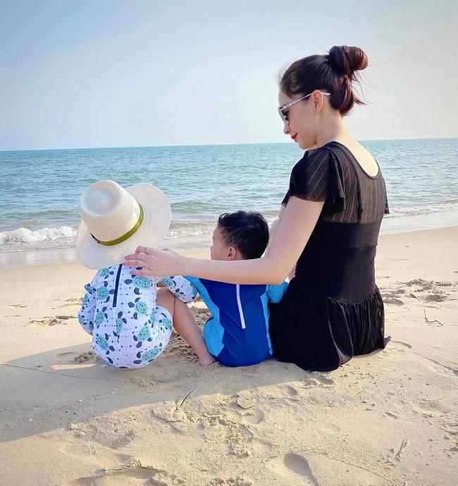 Ông xã doanh nhân tiết lộ khoảnh khắc đẹp của Đặng Thu Thảo bên hai con - Ảnh 2.