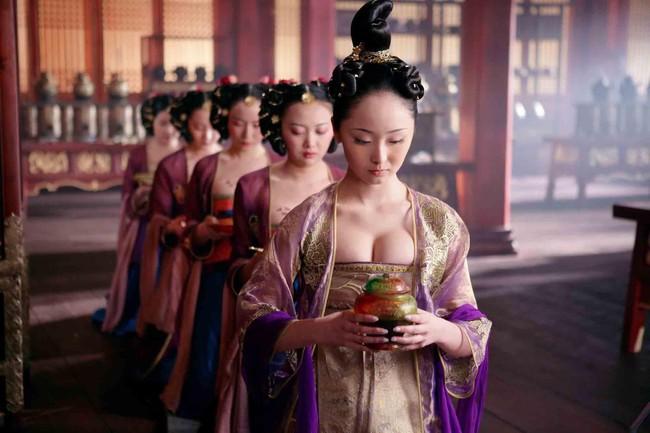 """Tiểu Hoàng đế siêu dâm loạn thời nhà Đường: Phát minh trò """"phong lưu tiễn"""" gây phấn khích khắp hậu cung, cuối đời chết tức tưởi dưới tay của hoạn quan - Ảnh 1."""