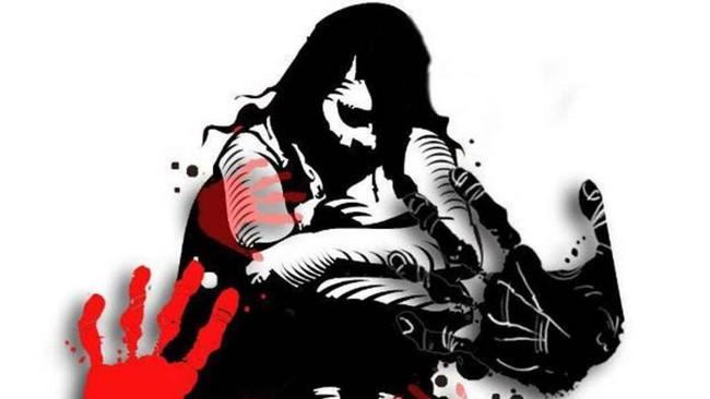 Cha mẹ đau đớn khi con gái bị 5 người xâm hại tập thể sau giờ học thêm, kinh khủng hơn là hành động của cô bạn thân khi chứng kiến vụ việc - Ảnh 1.