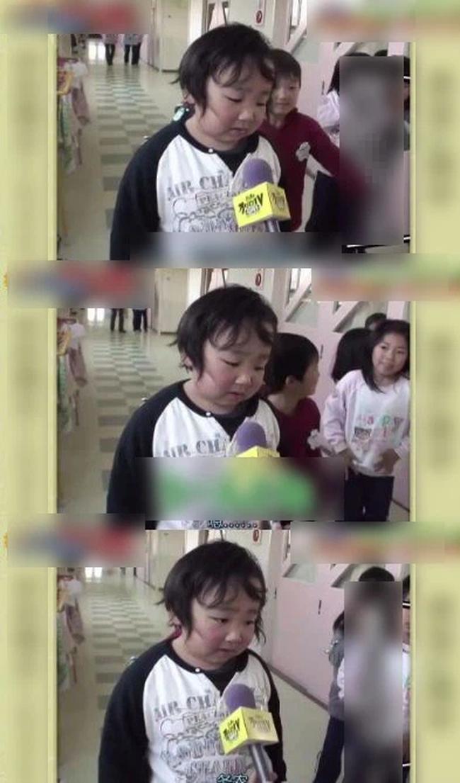 """Được đài truyền hình phỏng vấn, cậu bé hồn nhiên trả lời: """"Cháu ước mơ trở thành nông dân"""", cuộc sống 11 năm sau đó quá đỗi bất ngờ - Ảnh 1."""