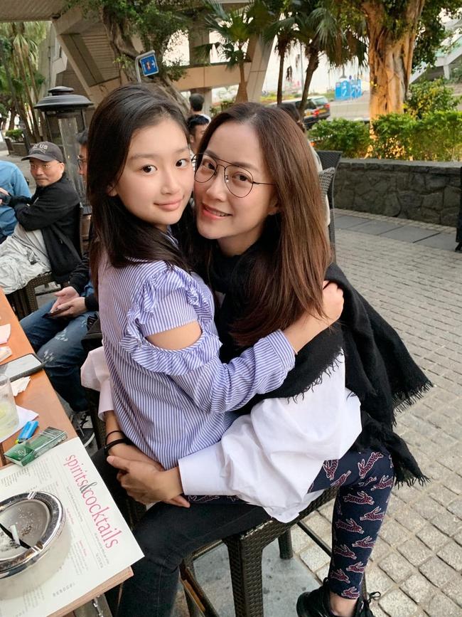 Không phải Vương Phi hay Trương Bá Chi, đây mới là người phụ nữ ở bên cạnh Tạ Đình Phong suốt hơn 20 năm, thậm chí còn nguyện ý không kết hôn - Ảnh 3.