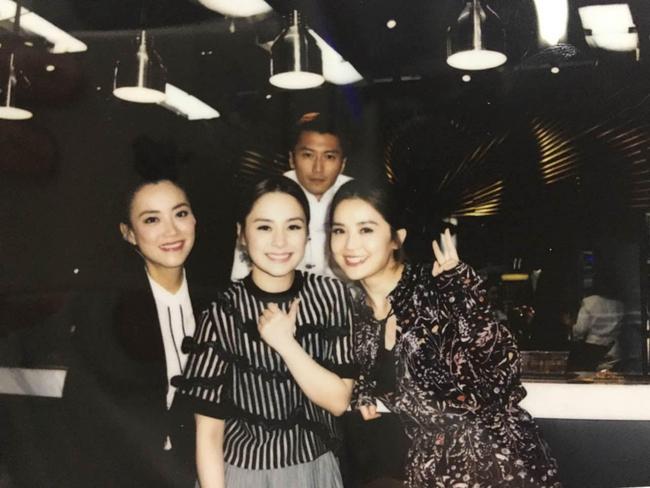 Không phải Vương Phi hay Trương Bá Chi, đây mới là người phụ nữ ở bên cạnh Tạ Đình Phong suốt hơn 20 năm, thậm chí còn nguyện ý không kết hôn - Ảnh 5.