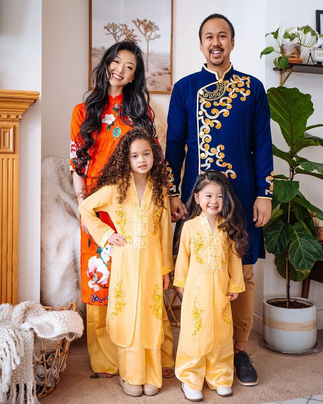 Mẹ gốc Việt nổi tiếng Instagram nhờ chụp ảnh cùng con gái, nhìn sang ảnh gia đình lại càng thấy bất ngờ hơn - Ảnh 8.