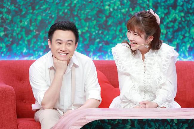 Hữu Tín công khai bạn gái xinh đẹp trên sóng truyền hình - Ảnh 3.
