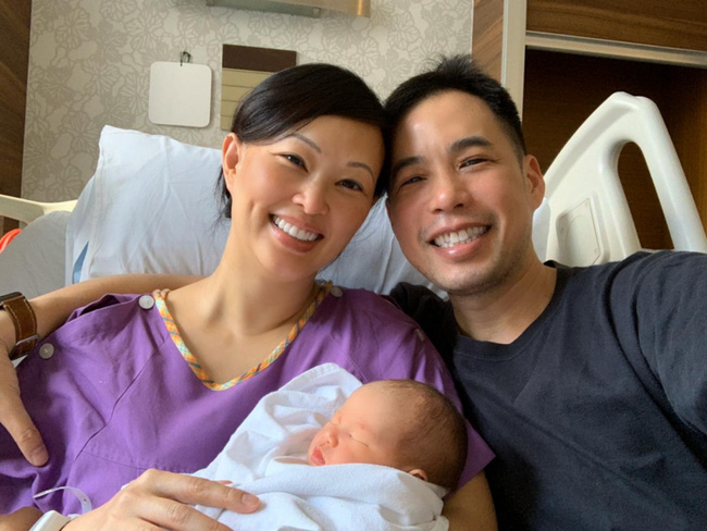 """Shark Linh kể hành trình đi đẻ hồi hộp hơn lúc """"chốt được hợp đồng lớn"""" do em bé gặp vấn đề nguy hiểm, sau sinh sợ chuyện """"chăn gối""""  - Ảnh 5."""