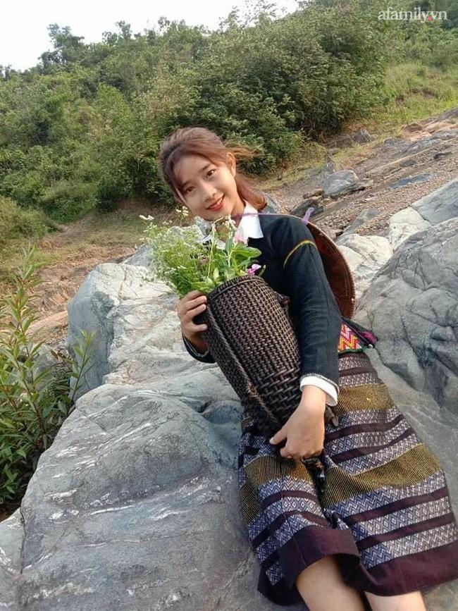 Nữ sinh Bru - Vân Kiều gây sốt với trang phục truyền thống, ảnh đời thường càng gây bất ngờ hơn - Ảnh 4.
