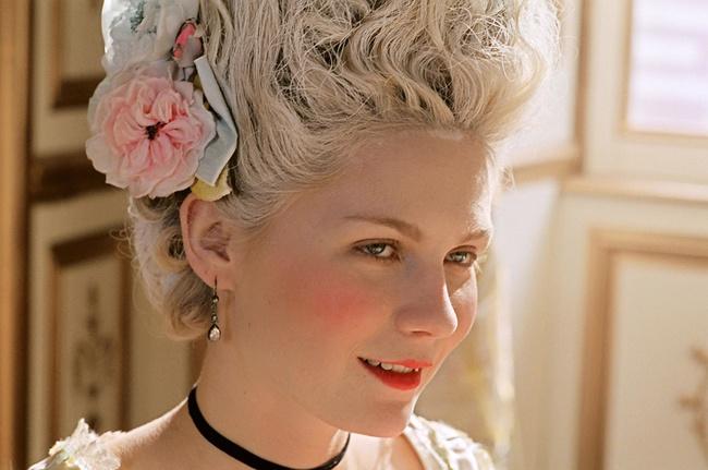 """Xuất thân cao quý, nhan sắc """"cực phẩm"""" nhưng Hoàng hậu này lại bị cắt tóc diễu hành, chém đầu thị chúng với loạt tội danh rùng mình - Ảnh 6."""