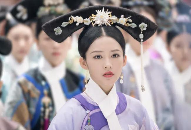 Những vị Hoàng hậu đặc biệt nhất hậu cung Trung Hoa: Kẻ ghen tuông cay nghiệt lấn át Hoàng đế, người chỉ tại vị nửa ngày khiến ai cũng thương tiếc - Ảnh 2.