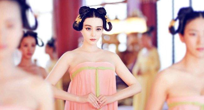 Cung nữ Trung Hoa phong kiến: Thân phận thấp kém, cuộc đời bi ai, chỉ có 2 cái tên may mắn cãi phận - Ảnh 5.