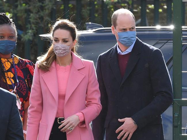 Hành động làm tan chảy trái tim của Hoàng tử William dành cho Công nương Kate sau khi bị Meghan bôi nhọ đủ khiến nhà Sussex hậm hực trong lòng - Ảnh 2.