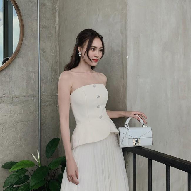 Tìm ra lý do vì sao Ninh Dương Lan Ngọc suốt ngày diện váy áo trễ vai: Khả năng cao là bởi đặc điểm vóc dáng này? - Ảnh 3.